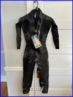 BLUESEVENTY REACTION Full Sleeve Triathlon Wetsuit Women's Size Med/Small NWT
