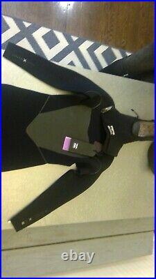 Billabong 403 Furnace Carbon X Hooded Chest Zip Full Wetsuit Size Medium