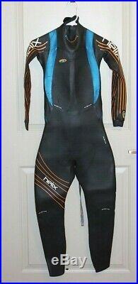 BlueSeventy Helix Men's Triathlon Full Sleeve Wetsuit Size SMT NEW