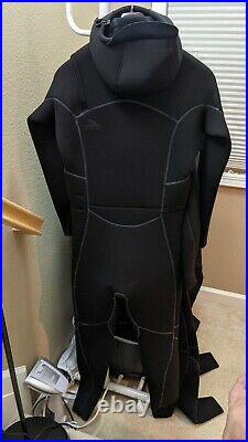 NWT Patagonia Men's R5 Yulex Front Zip Hooded Full Wetsuit Size M MSRP $579