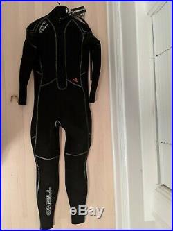 O'Neil Men's Sector 7mm Full Wetsuit Size MT (Medium Tall)