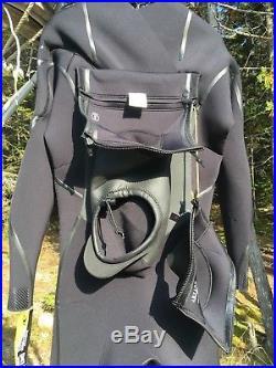 O'Neill Men's Mutant 4/3mm Chest Zip Full Wetsuit Hood