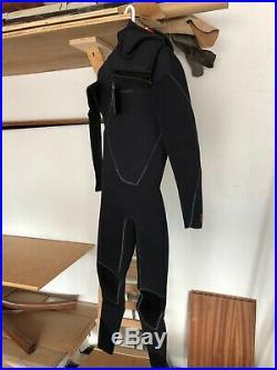 Patagonia R4 Yulex Front Zip Hooded Full Wetsuit (Mens MT)
