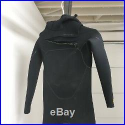 R3 Patagonia Size M Full Wetsuit