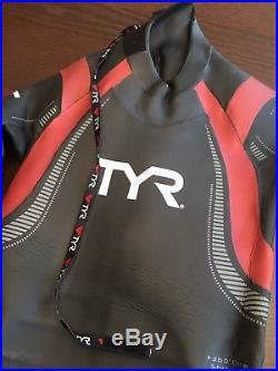 TYR Hurricane Cat5 Full Sleeve Triathlon Men's Wetsuit Size ML