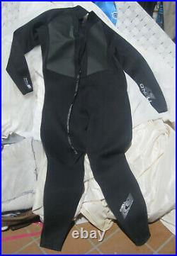 Wetsuit Men's O'Neil Brand 3XL Style 3798 Full length wet suit