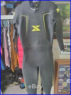 Xterra Men's Vortex Triathlon Full Wet suit Size Large